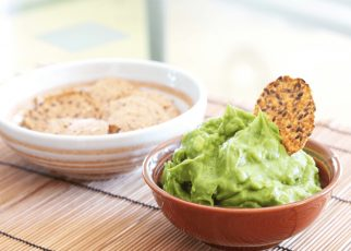 guacamole and crackers